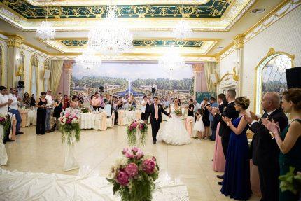 Посрещане на младоженците в ресторант Монтесито