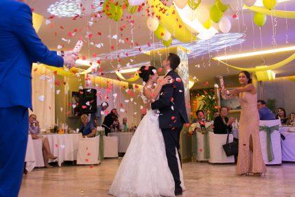 """Ресторант """"PRINCIPI DI PIEMONTE"""" Интерпред - за Вашата сватба"""